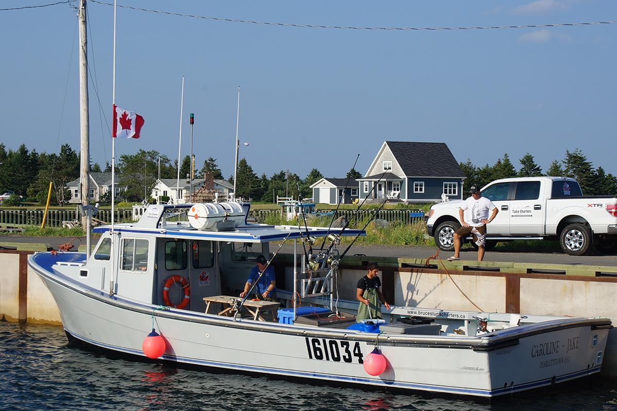 Boat Caroline - Jake
